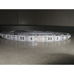 Led traka 5050 60d IP20 crvena Optonica ST4223